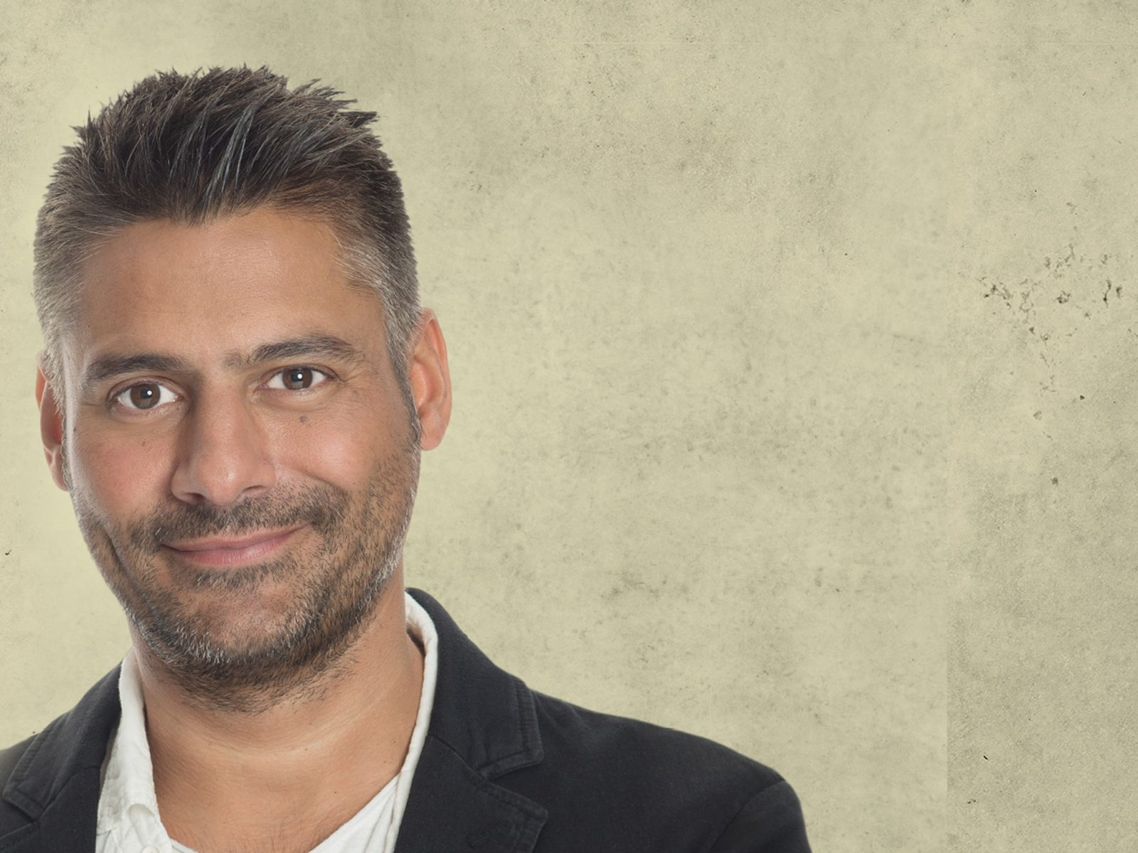 Danny Bhoy in Canberra