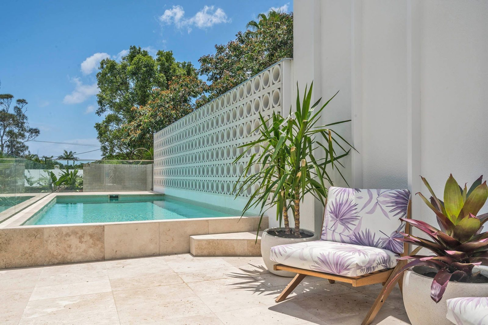 The Cedrics 1 - Byron Bay - Pool and Outdoor Seating b
