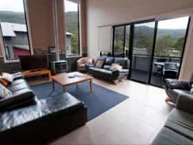Blues Air 4 Lounge room