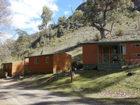 Exterior of 3 Grove Creek cabins accommodation at Abercrombie Karst Conservation Reserver. Photo: