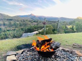Firepit available with stunning views (subject to firebans)