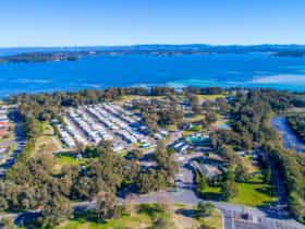 Aerial view - Swansea Gardens Lakeside Holiday Park