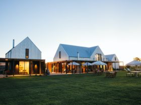 The Vinestay - Gate House + Vine Loft