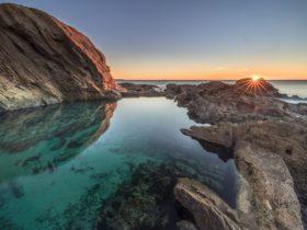 Bermagui Blue Pool, rockpool, rock pool, swimming