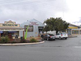 Greens Gunyah Museum