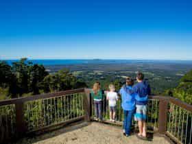 Mount Yarrahapinni Lookout