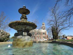 Royal Doulton Hankinson Memorial Fountain