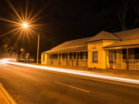 Heritage listed Turks Head Building, beside Murray River, Albury