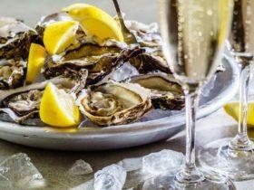 Crisp Semillon & Oysters @ Dindima