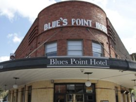 blues point front facade