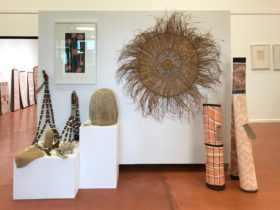 Maningrida Arts and Culture represents over 100 artists from the Maningrida region
