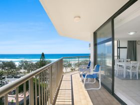 7D The Imperial - Surfers Paradise - Balcony