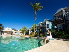 Noosa Lakes Resort Lagoon pool
