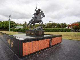 photo showing statue of the Lighthorseman in Freedom Park