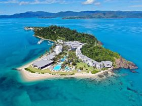 Daydream Island Resort as seen from the air.