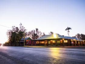 Condamine Hotel