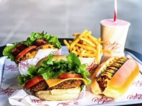 Ruby Chew's Burgers & Shakes