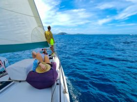 Mooloolaba Sunshine Coast sailing cruise showing things to do or a tour while on holidays.