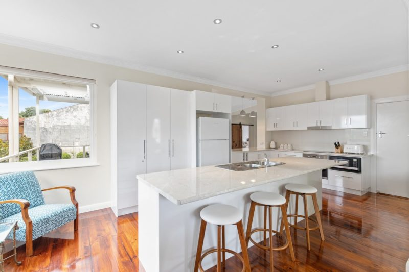 Well appointed spacious kitchen