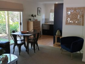 Hutt River Cottage – Clare