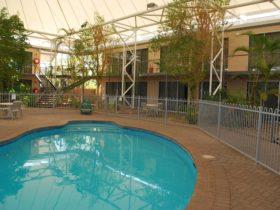 Roxby Motor Inn Pool