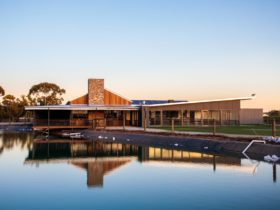 Barossa Valley Chocolate Company reflected by water feature