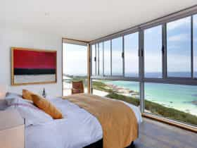 Holland House Bay of Fires - Bedroom