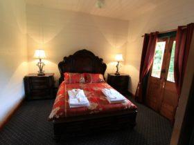 Maain Bedroom