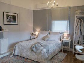 Layout of main room bedroom area