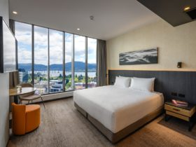 Deluxe King Room at Movenpick Hotel Hobart