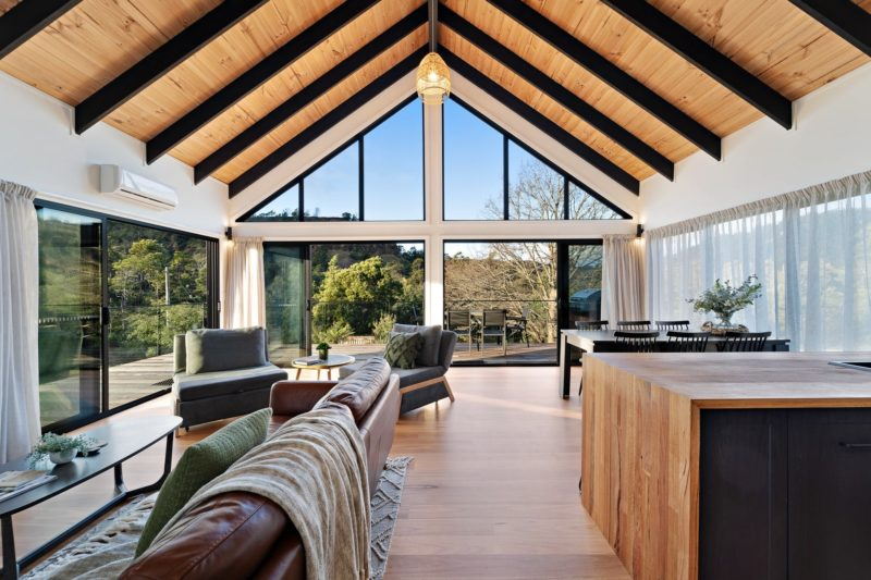River Cabins Derby luxury living space