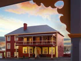 1847 Hotel perfect location in the centre of Stanley