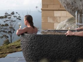 Outdoor Bath at the ultimate couples retreat.