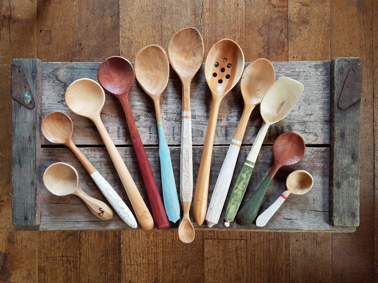 Spoons in all sizes -which size will you choose to carve?