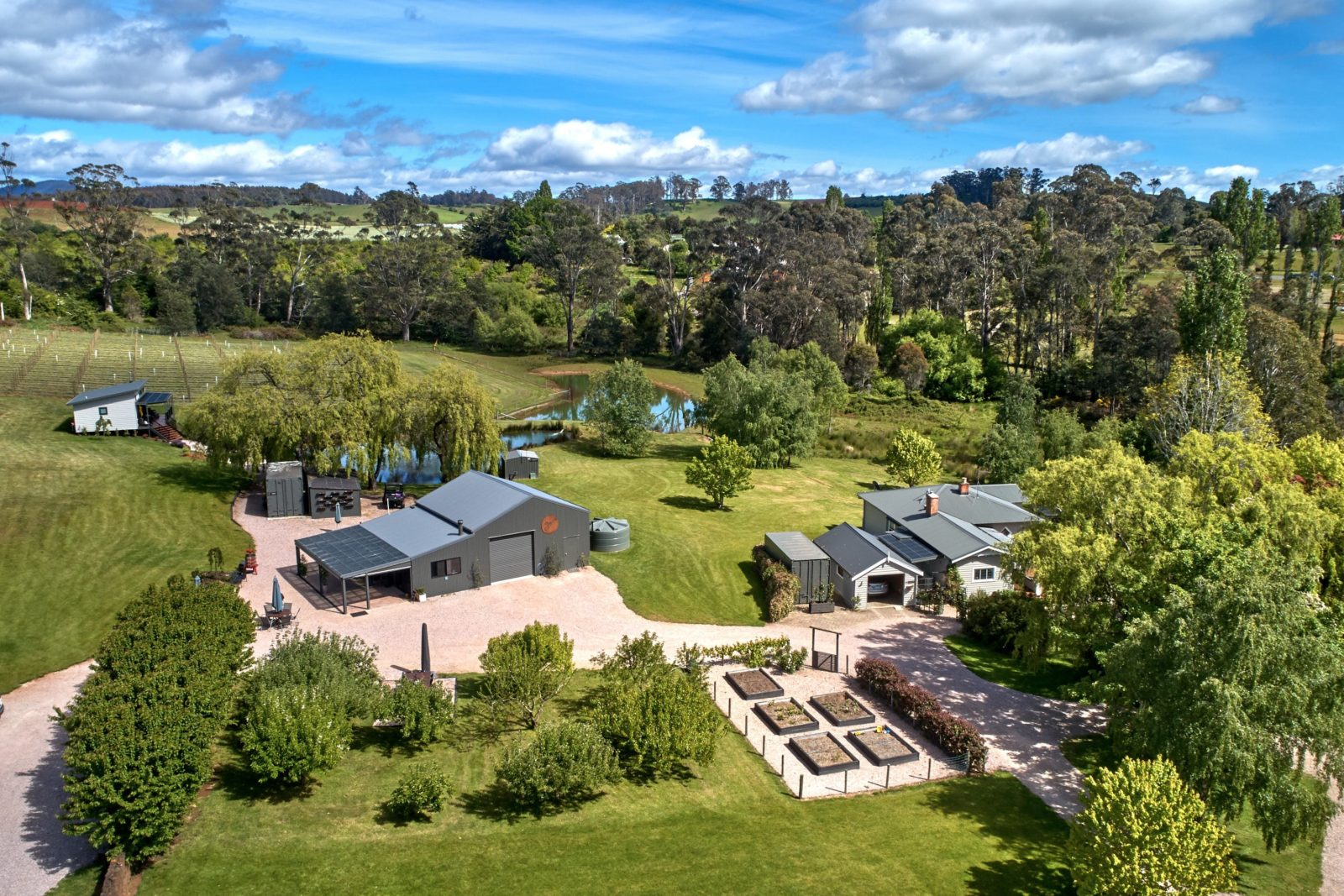 Aerial view of 3 Willows Vineyard cellar door, accommodation and gardens