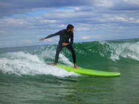 learn to surf session