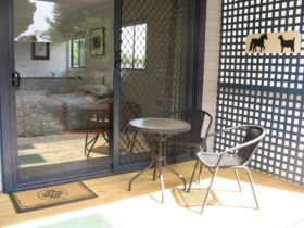 Your own private entrance with deck