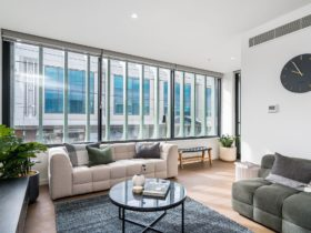 BOUTIQUE STAYS – Axel Apartments 101 – The Anderson