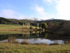 Mirror Lake, Jamieson Valley Retreat