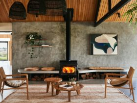 Lon Retreat Foyer & Fireplace