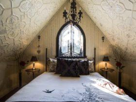 Romantic sleeping loft