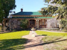 Tara House Bed and Breakfast Bairnsdale
