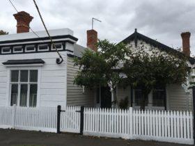 Heritage Cottage in Central Ballarat