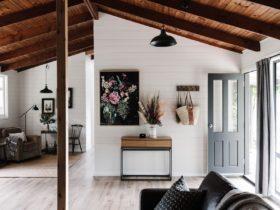 Lounge room of ridge house