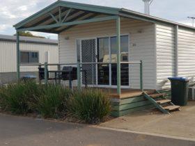 standalone cabins