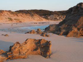 Koonya Beach, Blairgowrie