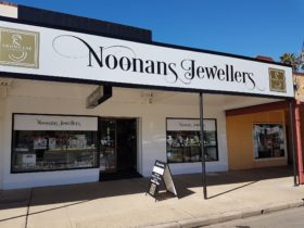 Noonans Showcase Jewellers