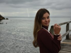 Model wears south sea strand and bracelet