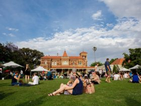 Christmas Makers' Market at Rippon Lea Estate