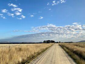 Gravel roads Creswick